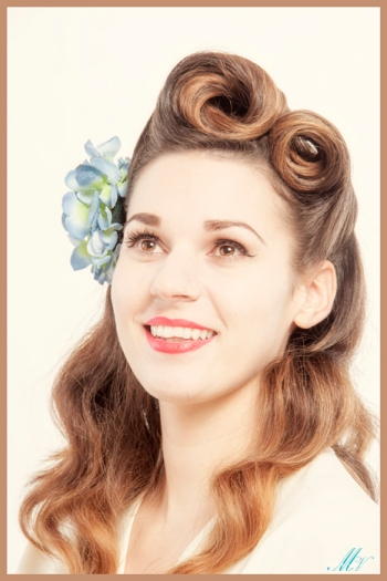 1940s Victory Rolls. A Star Photography Studios